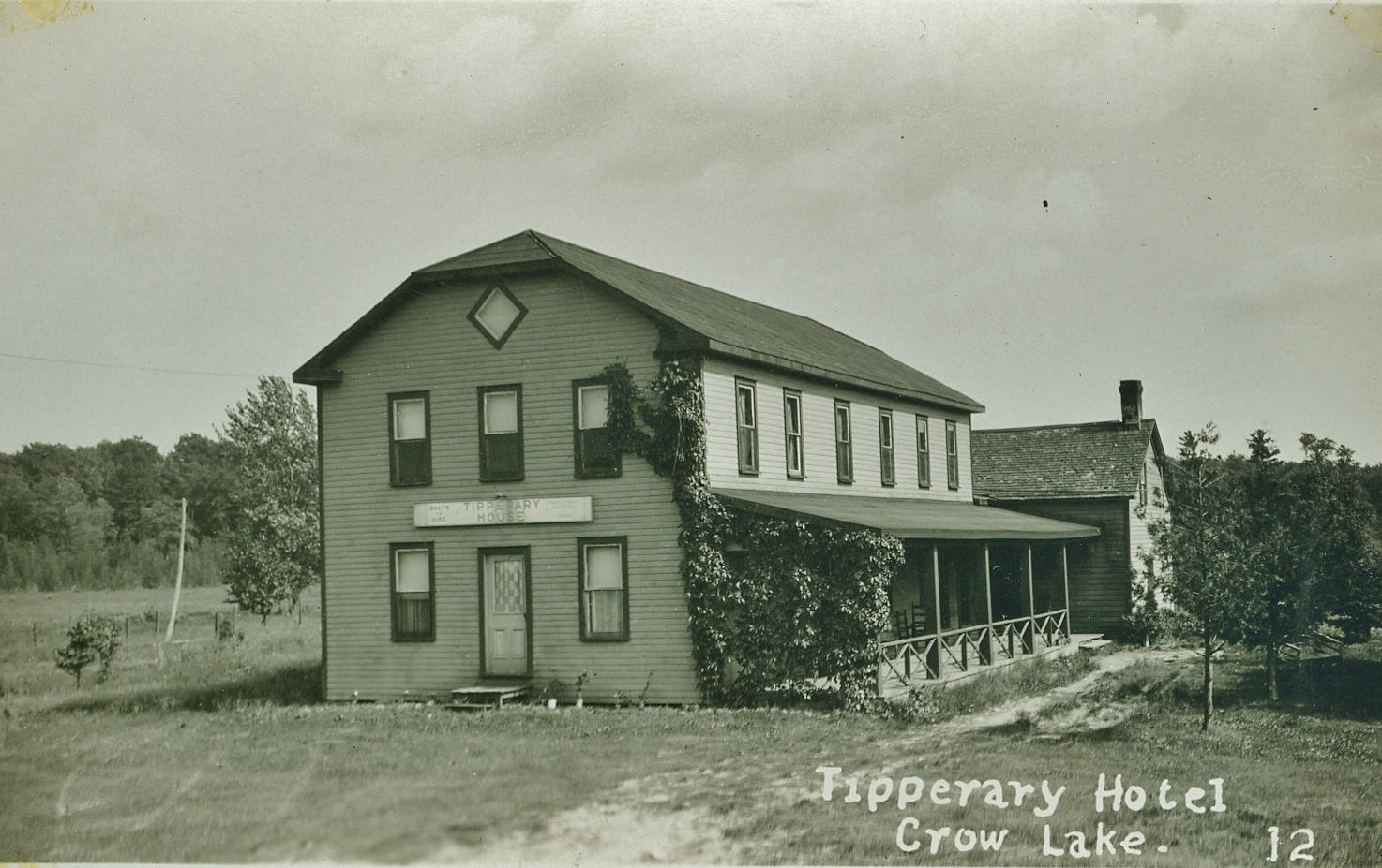 Tipperary Hotel, Crow Lake, Marmora.jpg