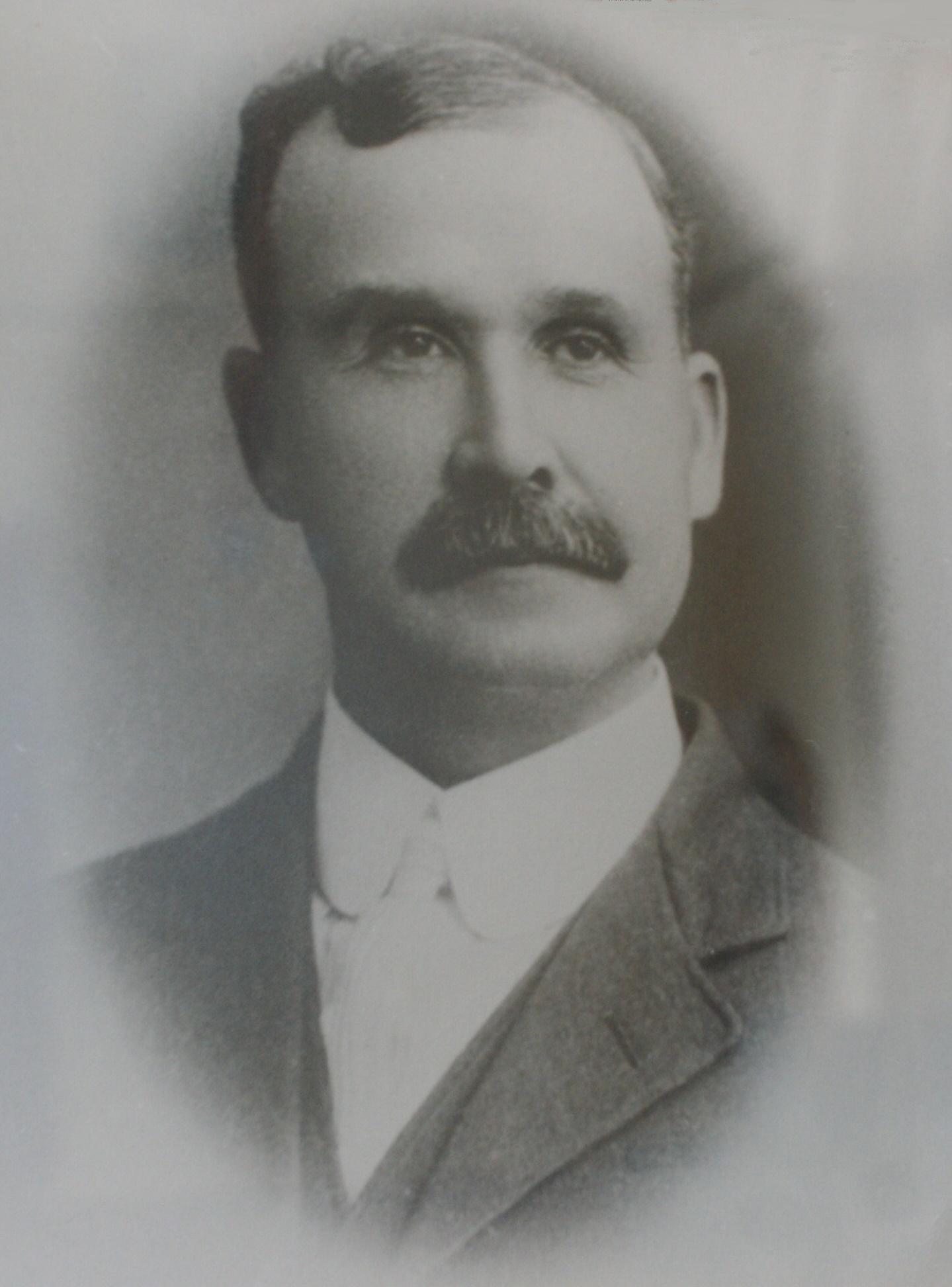 3 W.H. Hubbell, 1914.JPG