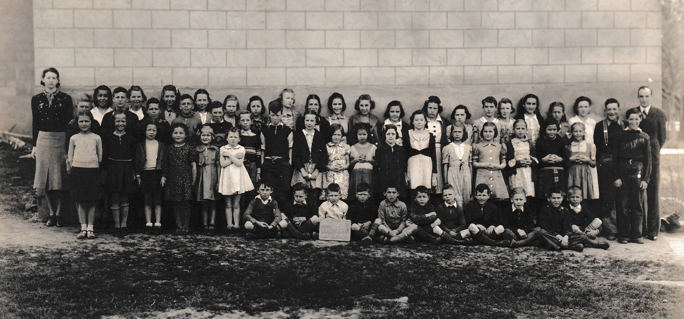 Deloro Public School  1939.jpg