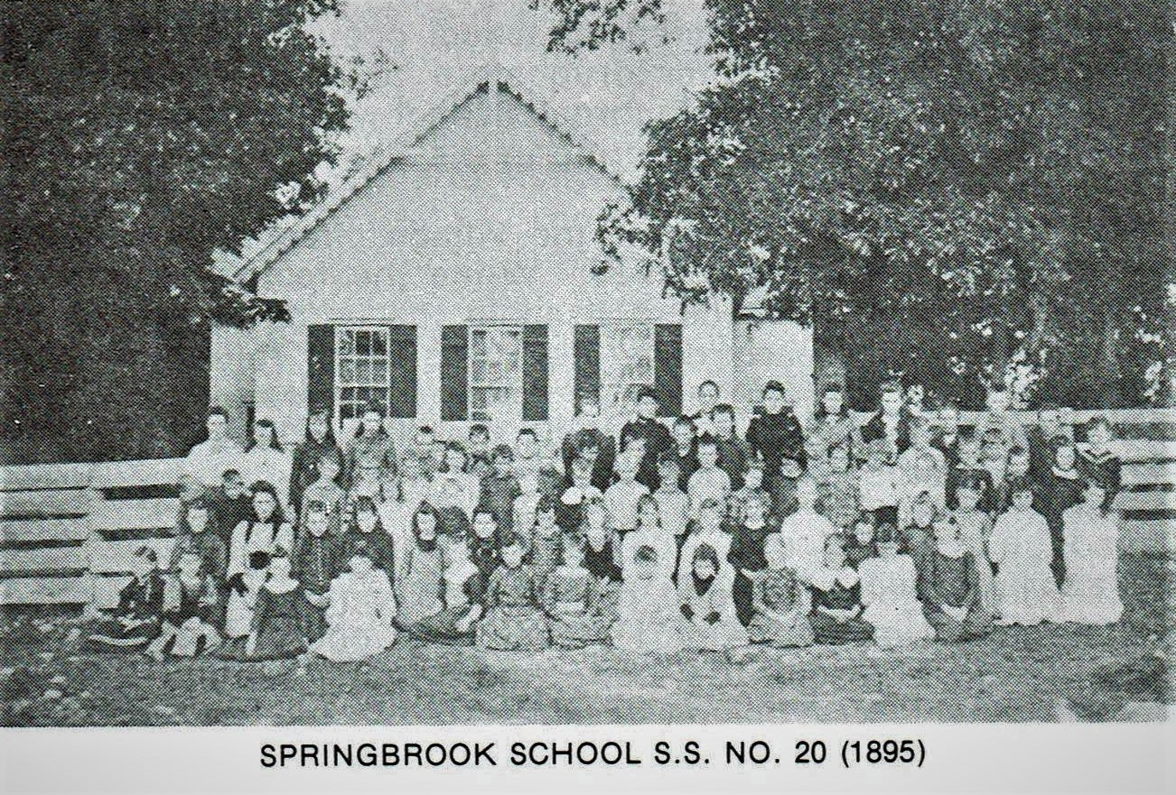 Springbrook SS20 school 1895.jpg