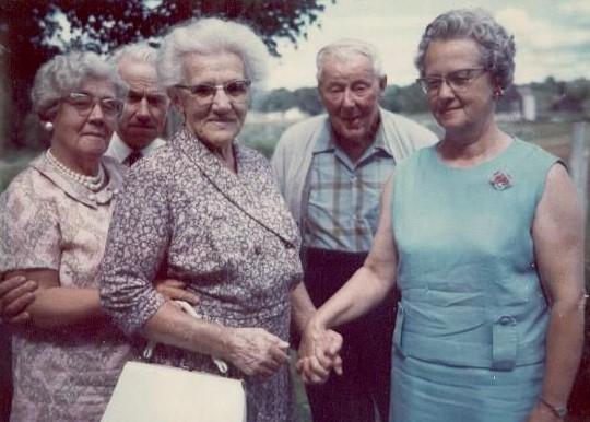 Helen McClure,George Fisher,Alice Briggs,Harry Petherick,Hazel Fisher.jpg