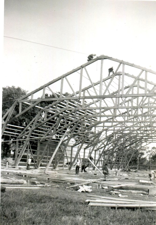 Construction of the Dr. Hamilton Crawford arena,1948 3.jpg