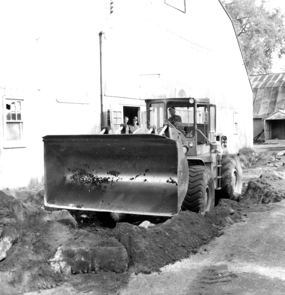 Construction of the Dr. Hamilton Crawford arena,1948 4.jpg