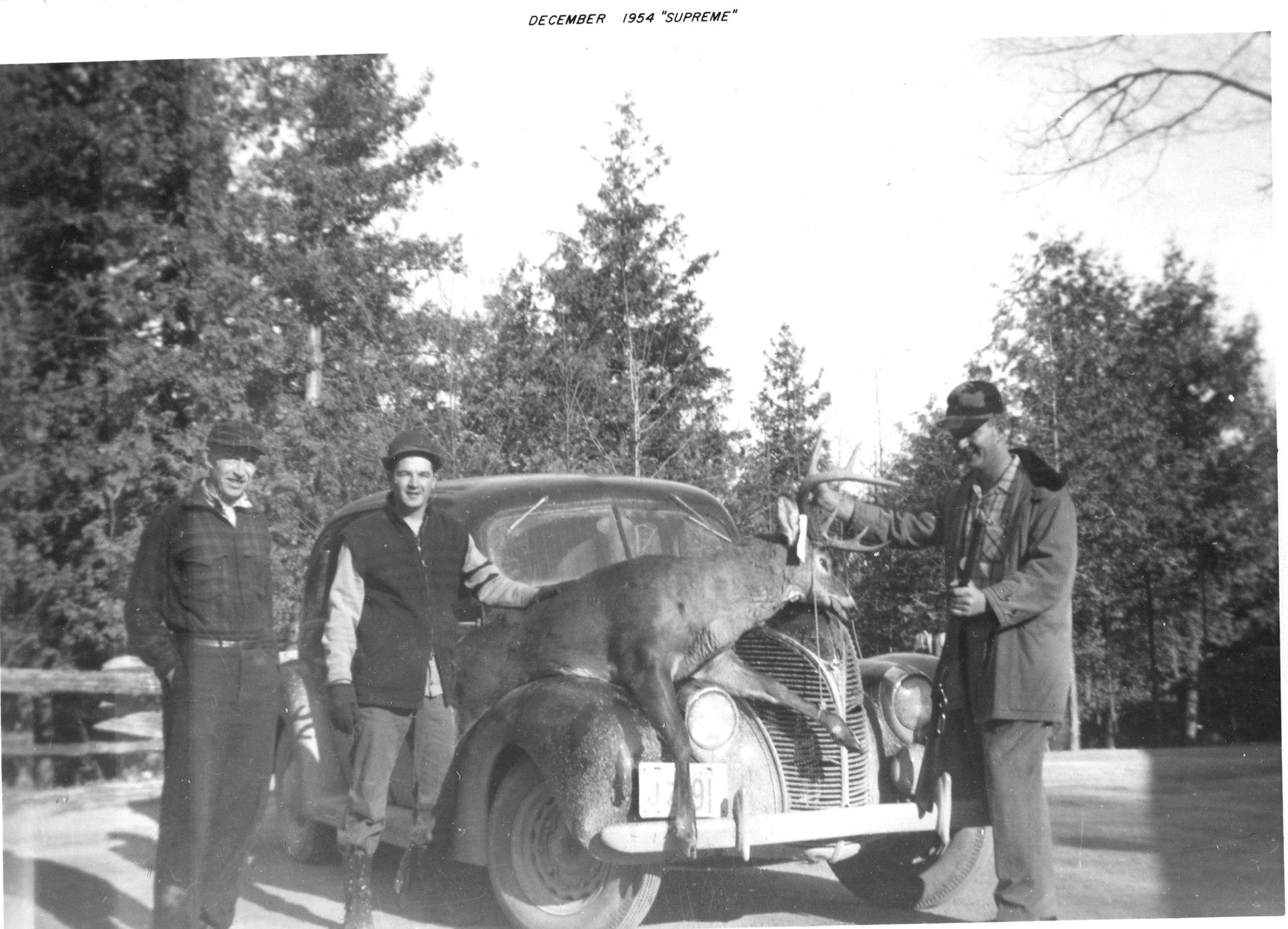 Deer hunting 1954 Alex Fraser, unkown and Tom Hanley