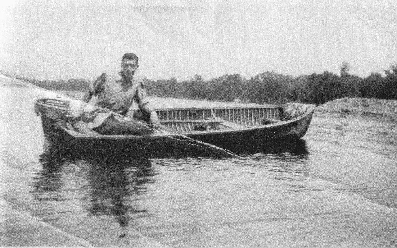 Possibly a Bonter boat in front of Bonter dock