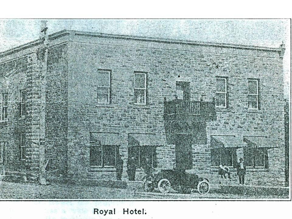 Royal Hotel 1914.jpg