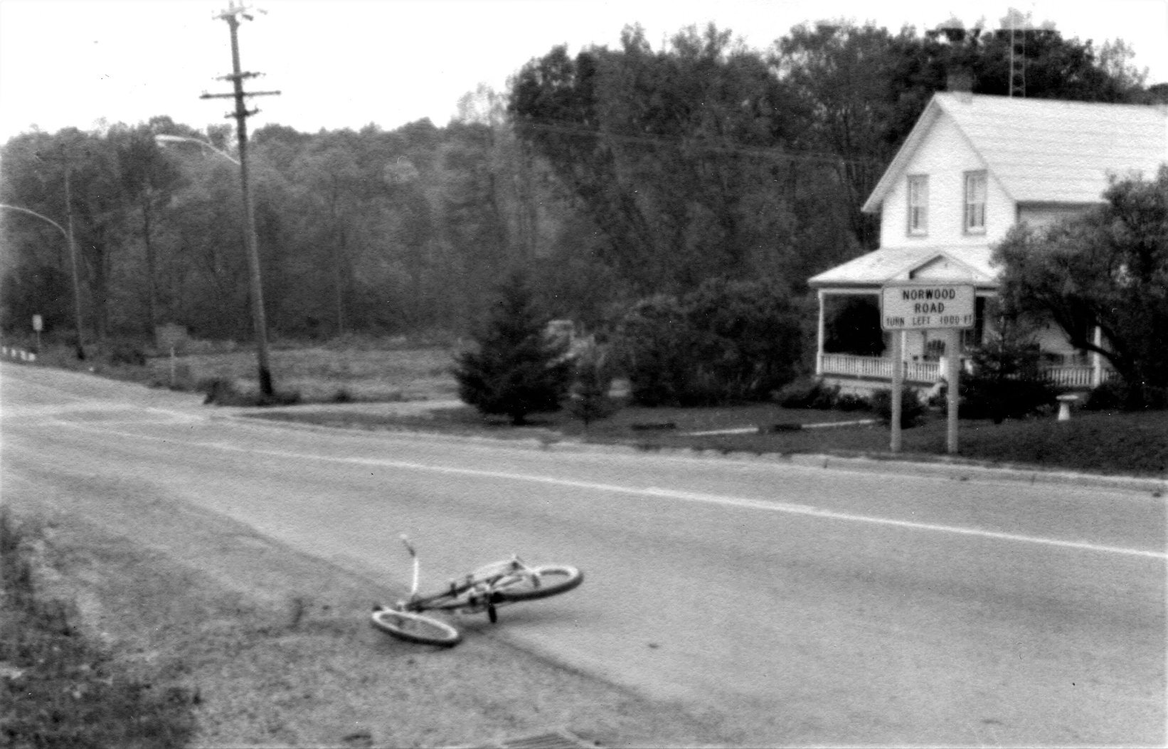 The warren house,  and site of the Thomas Empey's bike 1970 accident (now the location of Mac's convenience store