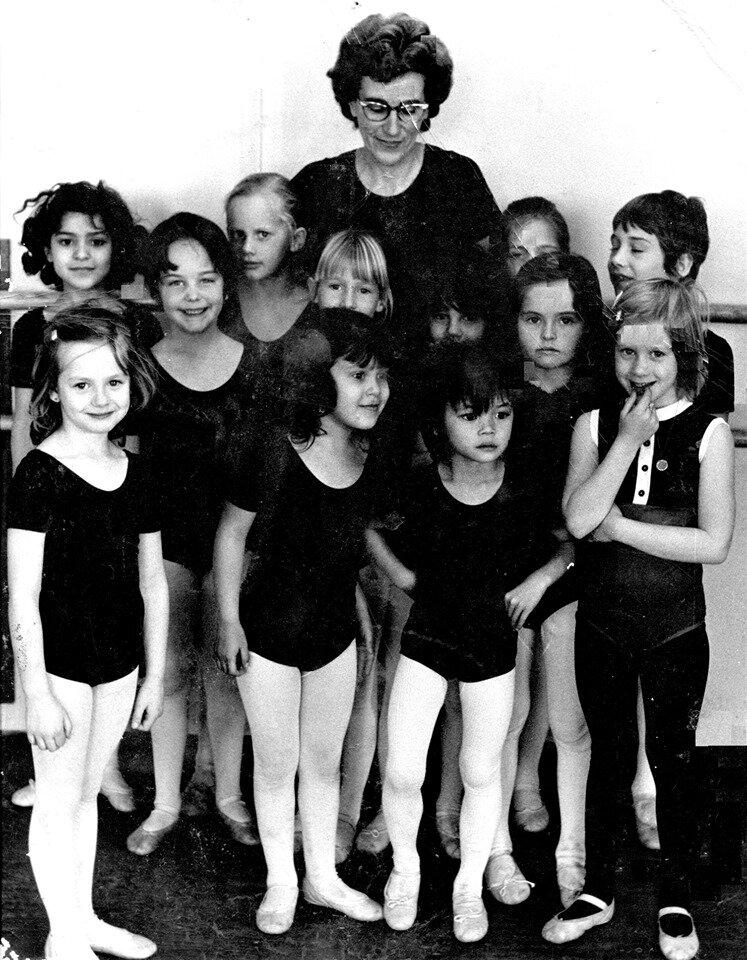 Ballet at Earl Prentice Quinte Dance Centre.jpg