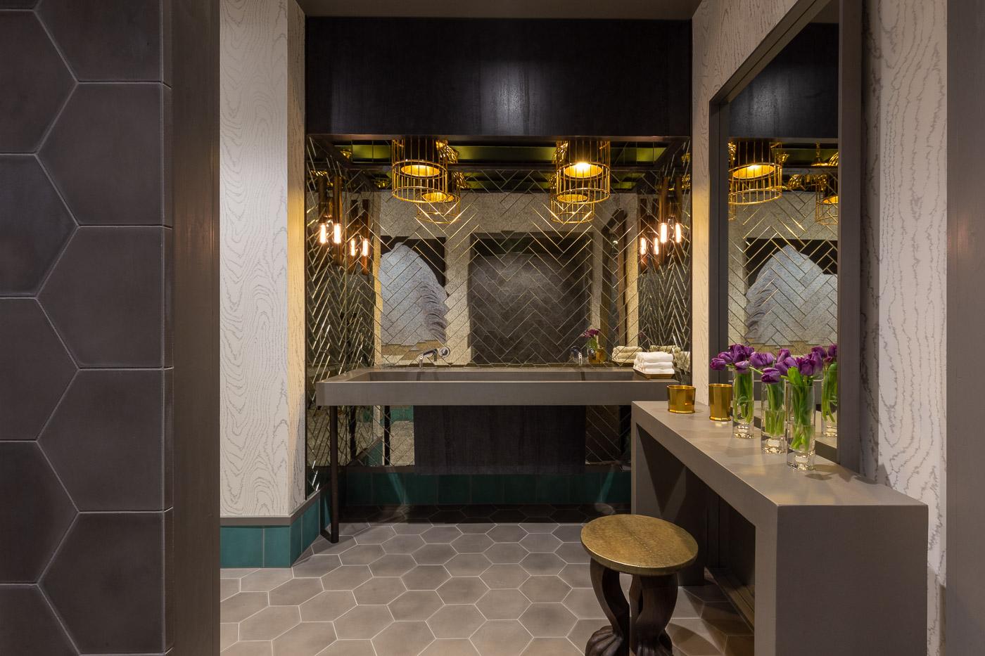 Parisa OConnell Clinton Miller Park James Hotel 16.jpg