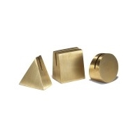 yield-design-geo-brass-photo-stands-set-silo-2.jpg