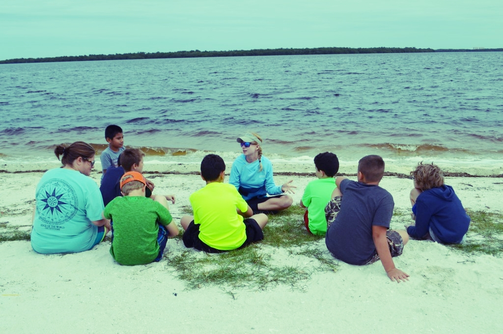 Nicole Finnicum gives students a lesson on seagrass ecosystems.