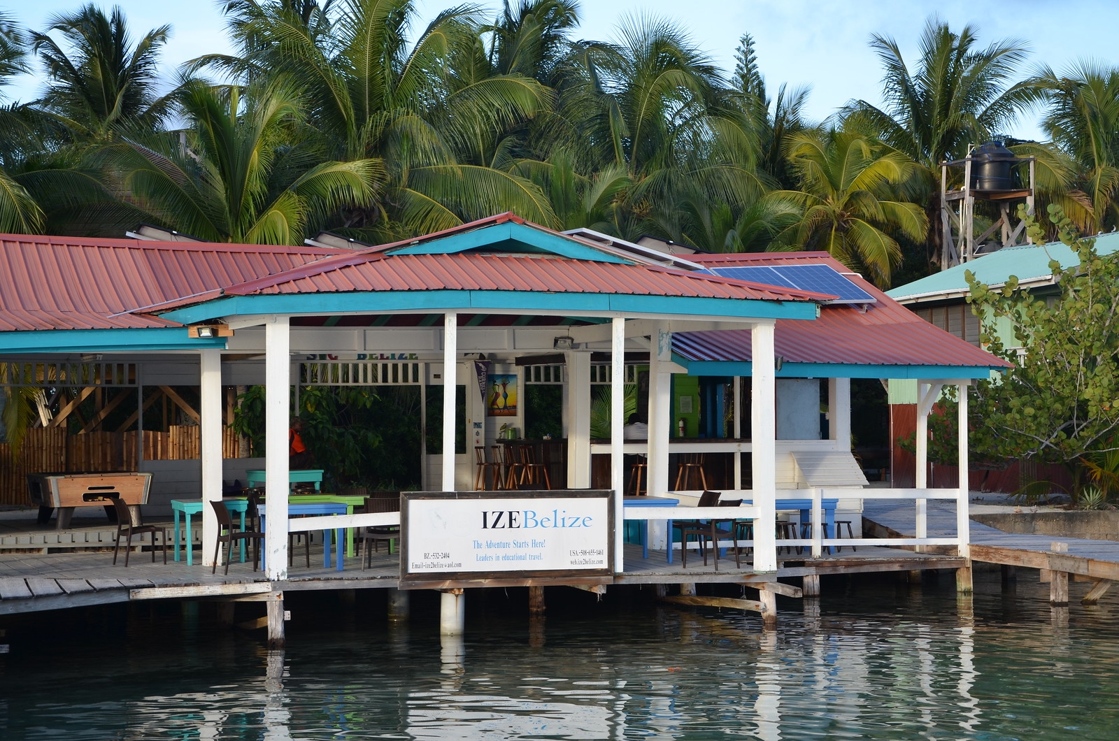 The IZE Field Station on South Water Caye.