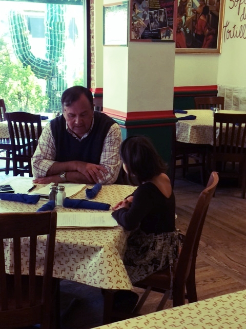Alina met with the vice president of a popular restaurant to discuss disposable plastic straws.