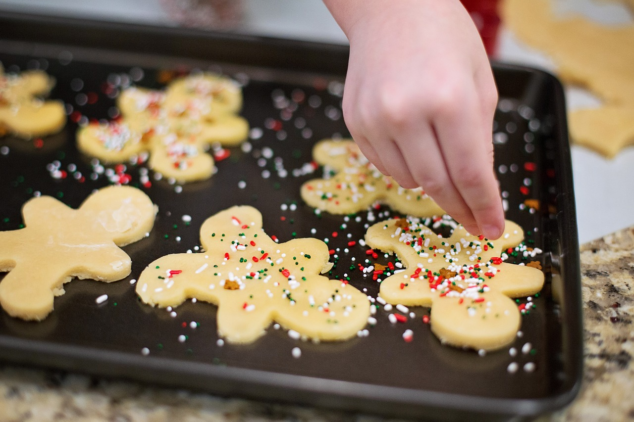 Kids can decorate holiday cookies at Sanibel Sea School's Luminary Stroll event.