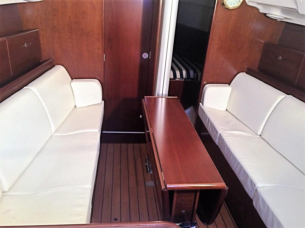 Main Cabin - Table Folded.jpg