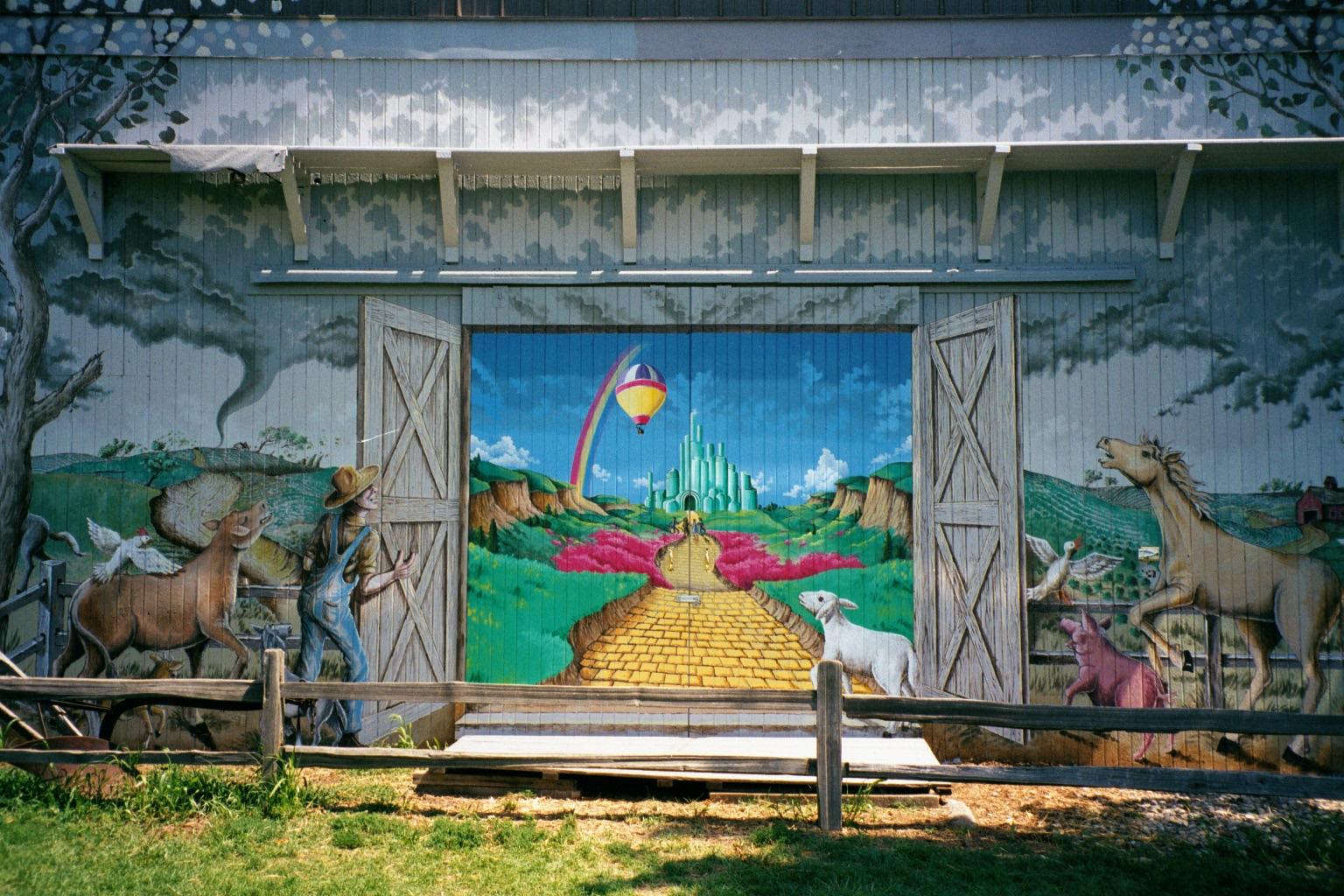 Barn_Mural.jpg