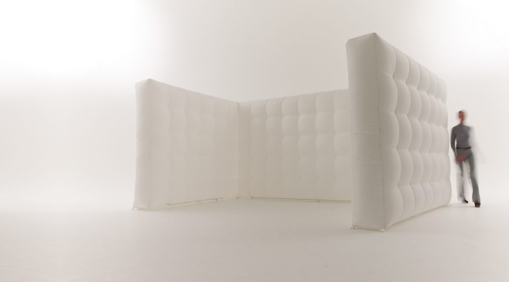 CUBE WALL - Length : 6mCapacity (standing) : n/aCOSTSDay rate : $500.00