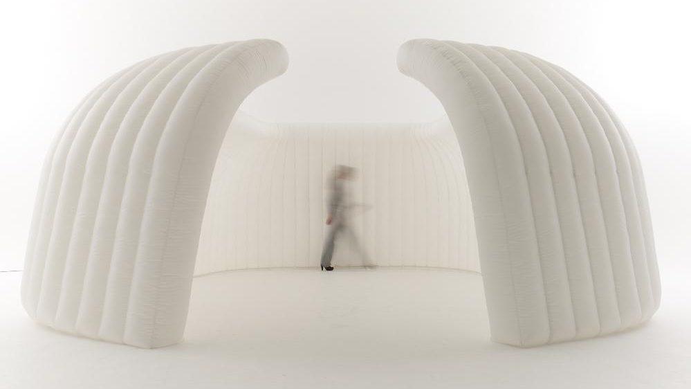 OFFICE IN A BAG - Internal Floor Area : 14sqm (open)Capacity (standing) : 10 paxCOSTSDay rate : $500.00