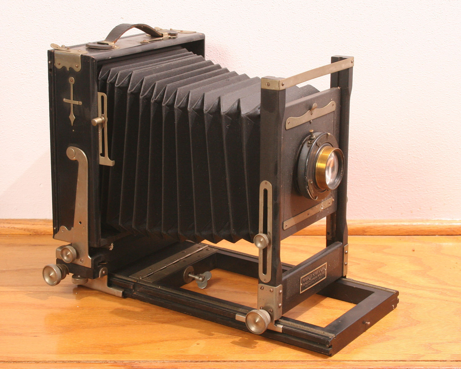 Antique bellows-style camera (photographer unknown)