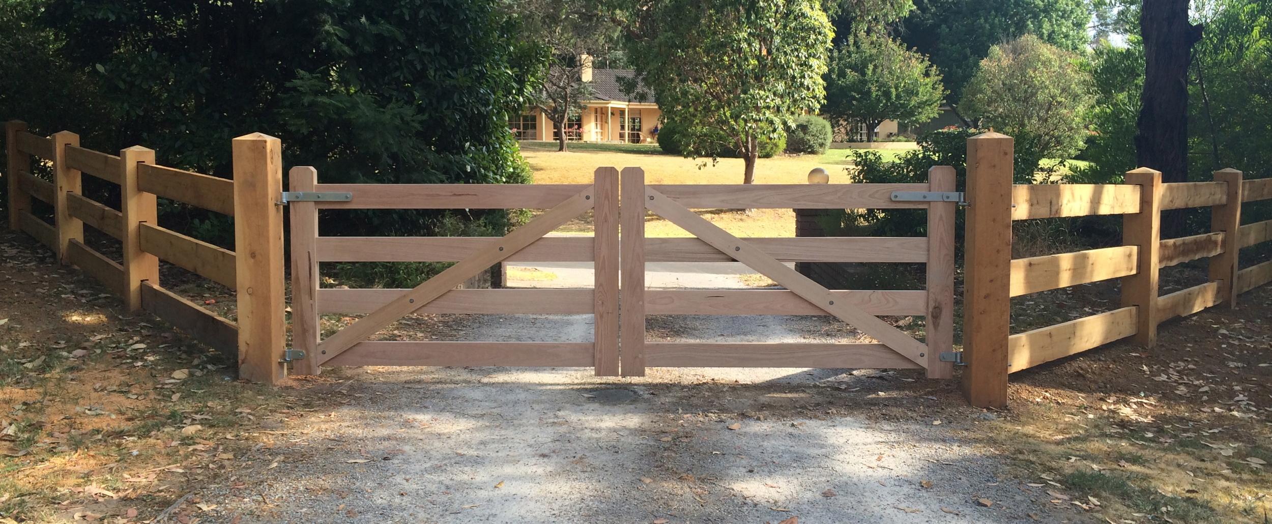 Hardwood Gates Back View Double