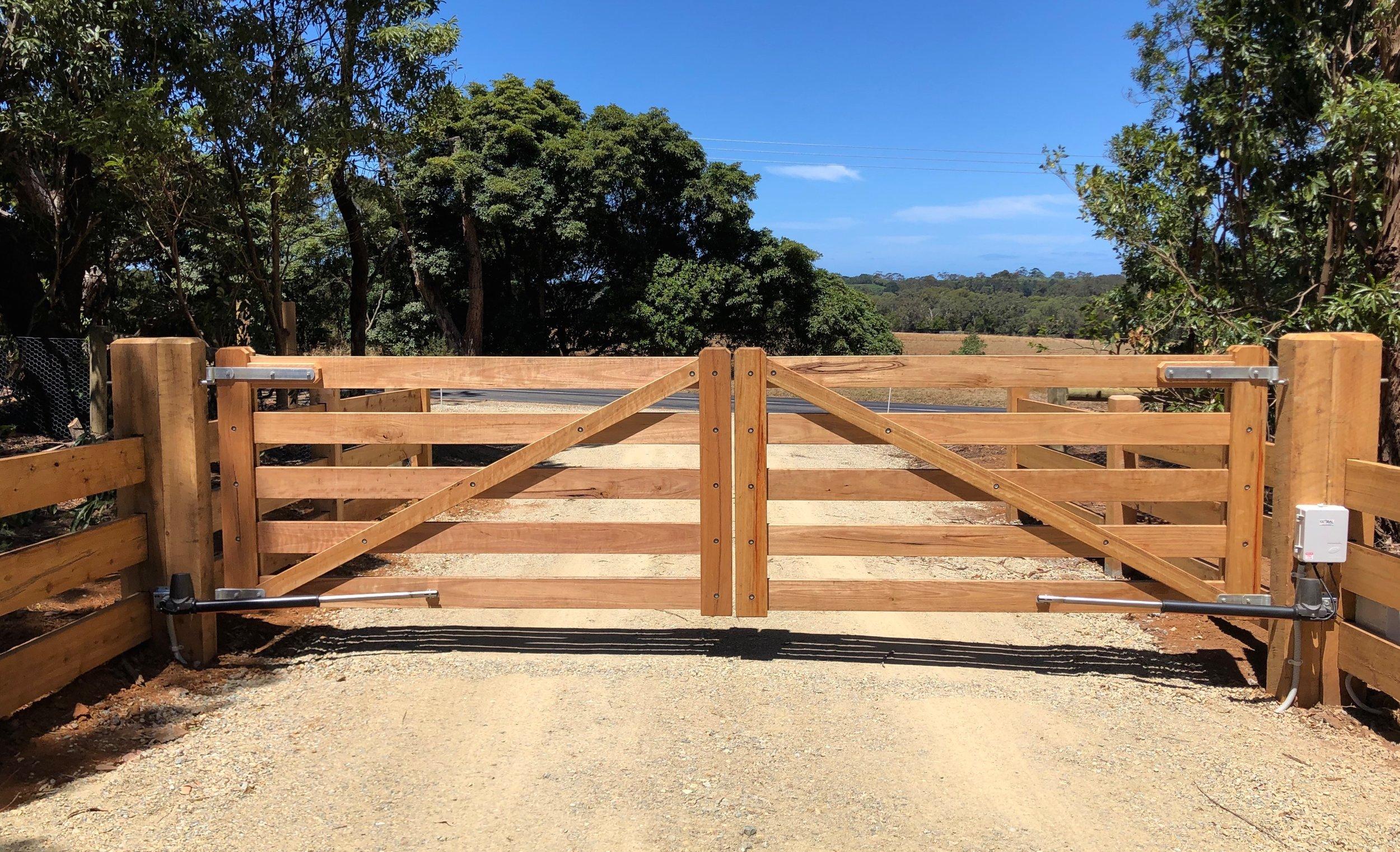 Stoborough Double Gates.jpg Peninsula Timber Gates.jpg