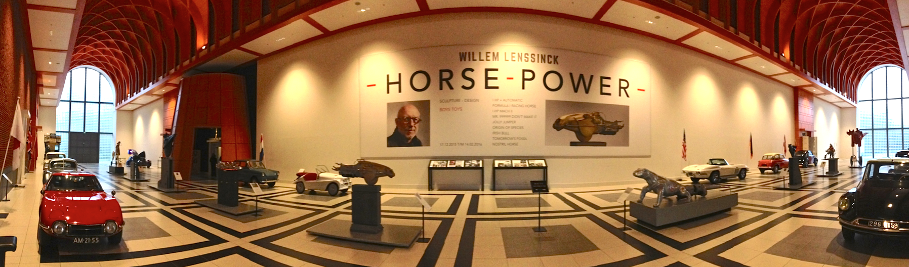 Currently there is wonderful display of  Willem Lenssinck  sculptures displayed in the main entrance hall (which is glorious in itself!)- seriously fabulous stuff! Love LOVE!