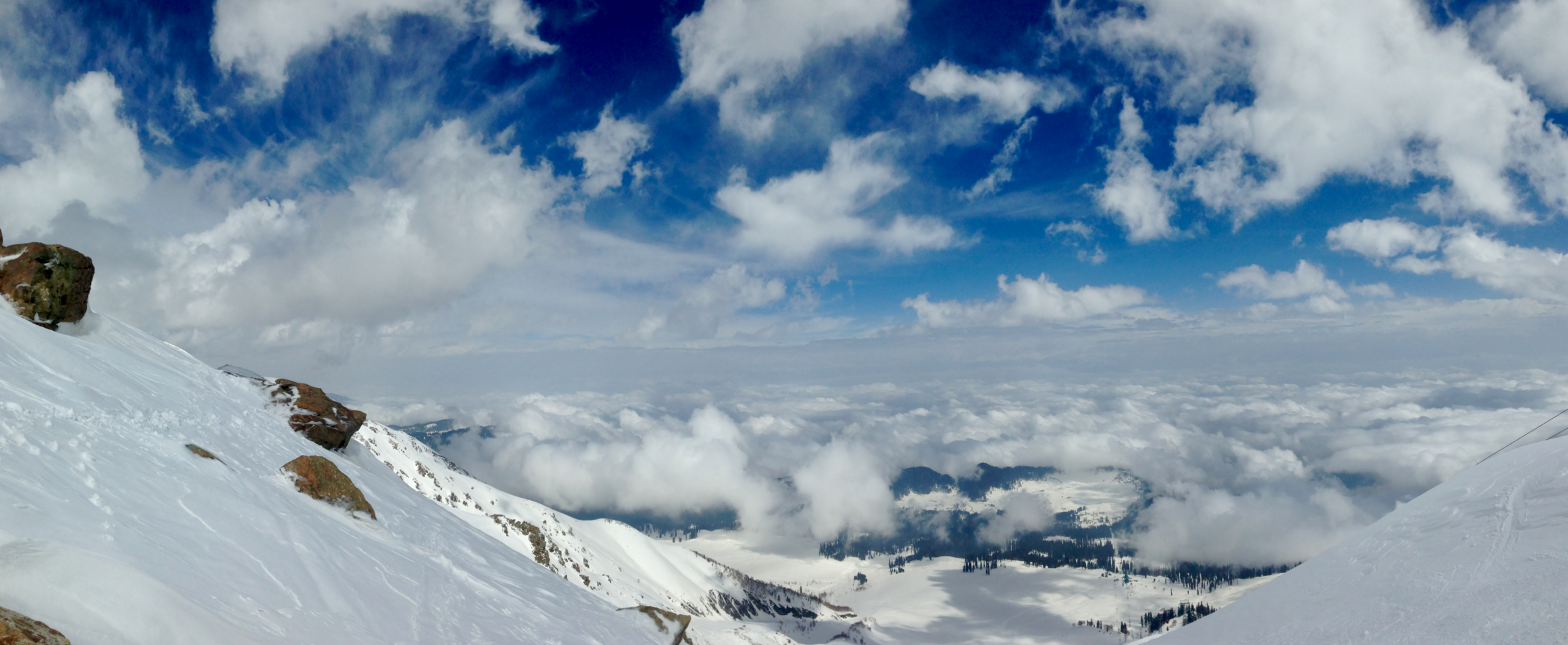 14000ft up in Paradise at the top of the 2nd phase gondola- Kongdoori Mountain, Gulmarg, Himalayas. Looking over towards Pakistan.