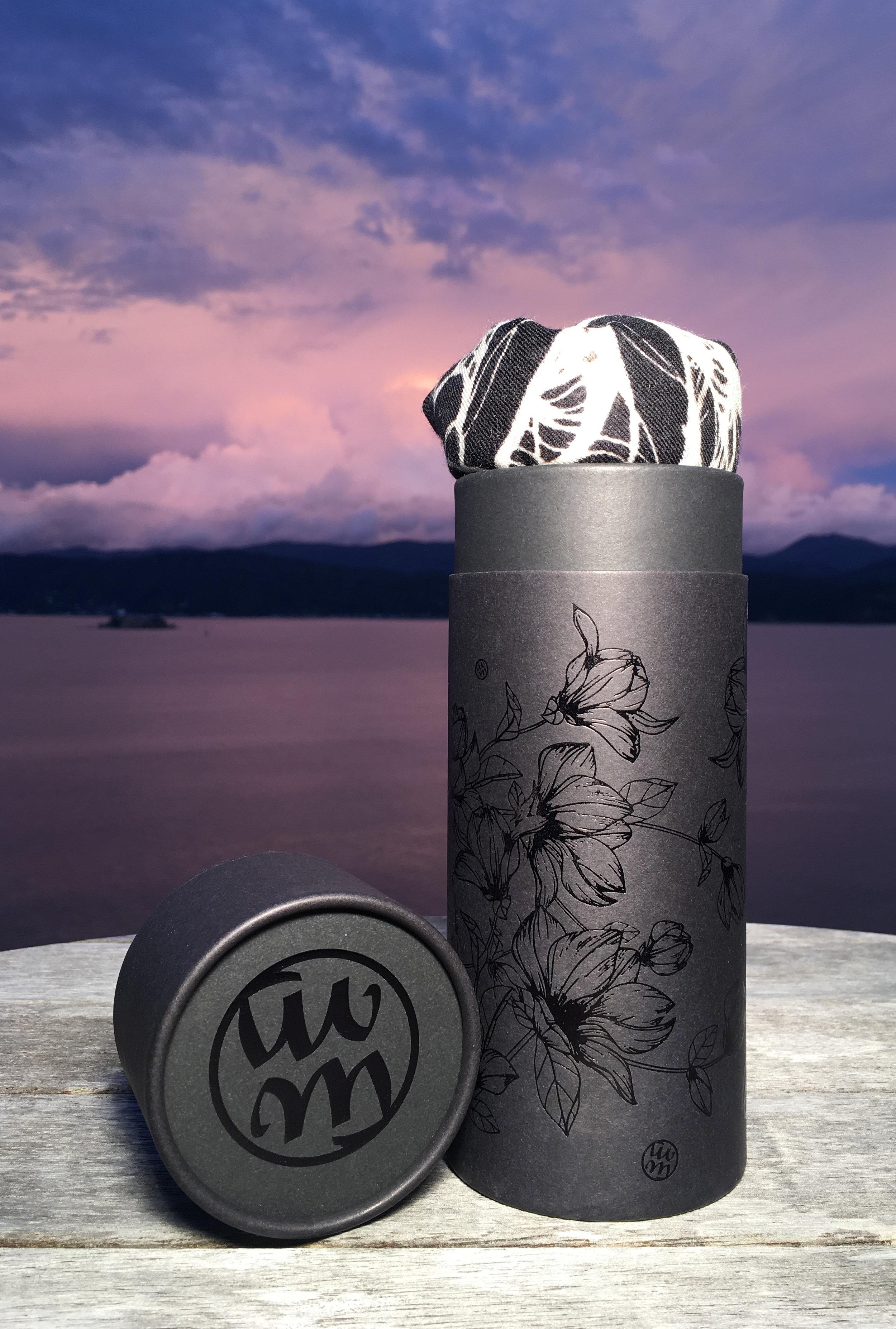 Moena Moxham bespoke packaging & a beautiful New Zealand sunset #nofilter