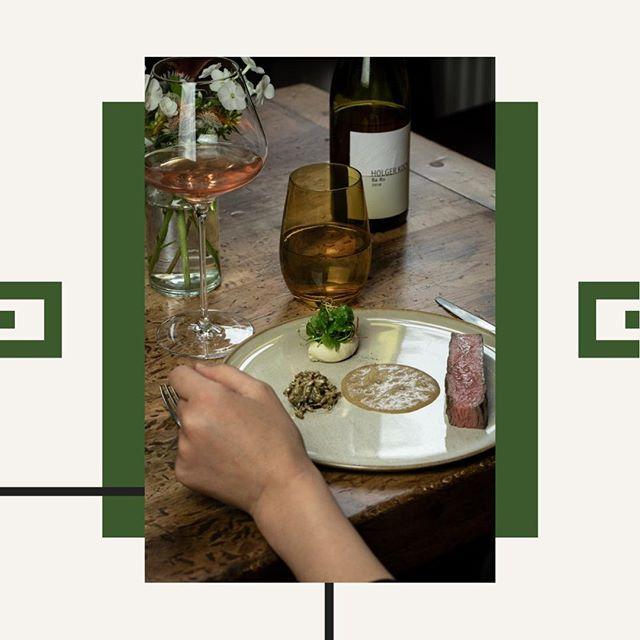 Zu unserem Great Omaha Beef servieren wir Badisch Rotgold von Holger Koch aus Baden. Ein Cuvée aus Grau- und Spätburgunder.  . . . . #eins44 #kantineneukoelln #veryfinedining #rind #holgerkoch