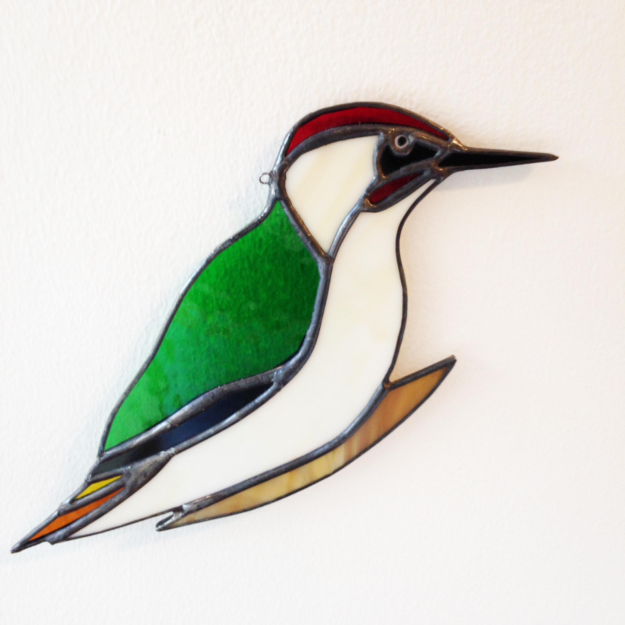 Eddy Crick   Green Woodpecker  glass  £33