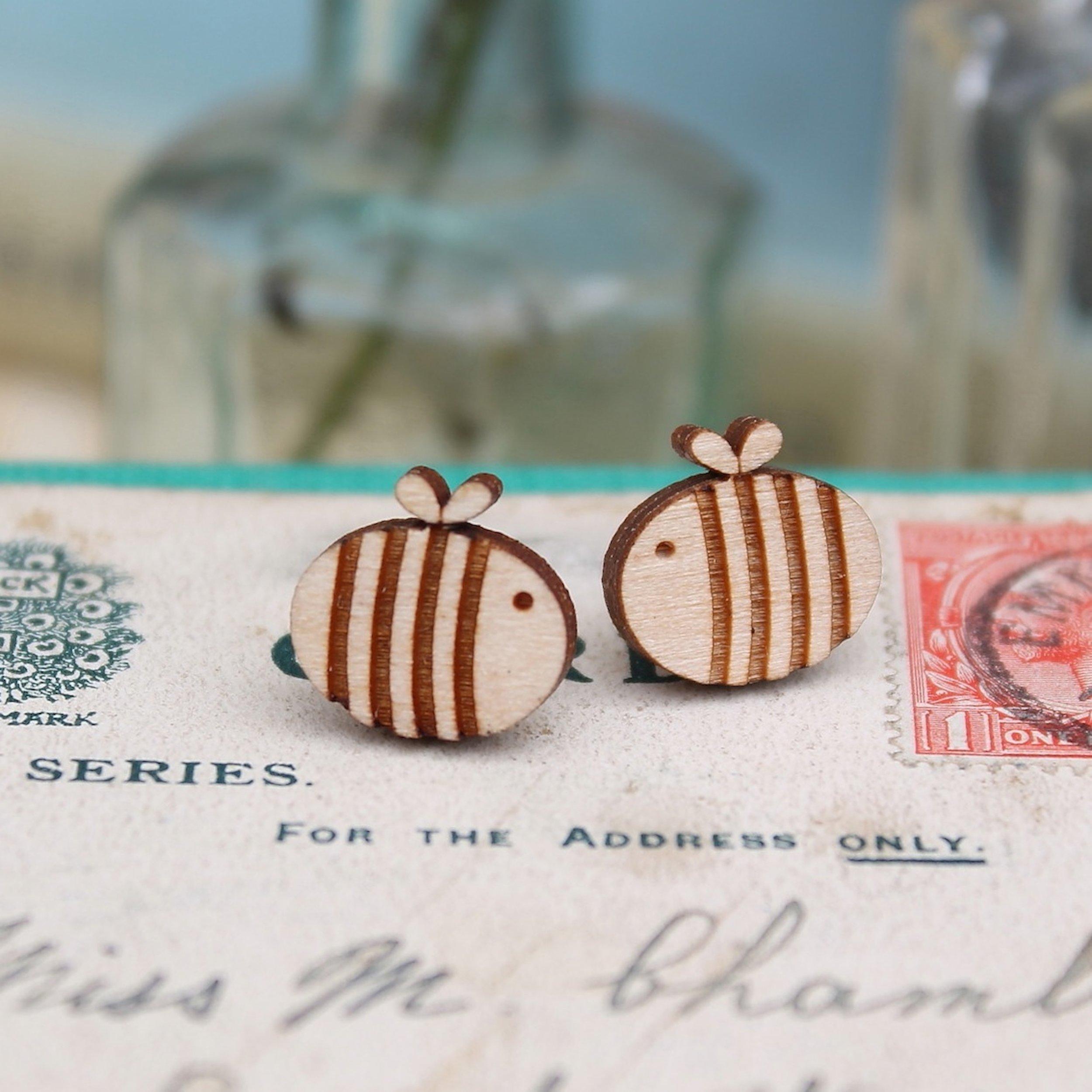 Bee Studs  £8.50