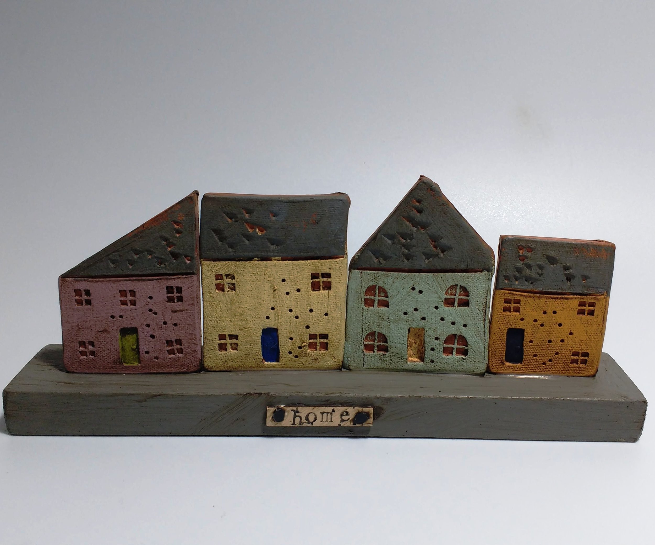 4 Houses No Trees  Ceramic on Wooden Plinth  £36