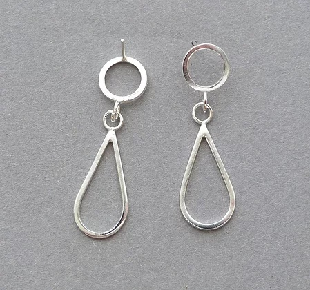 Small Teardrop Earrings  sterling silver  1 x 4 cm  £90