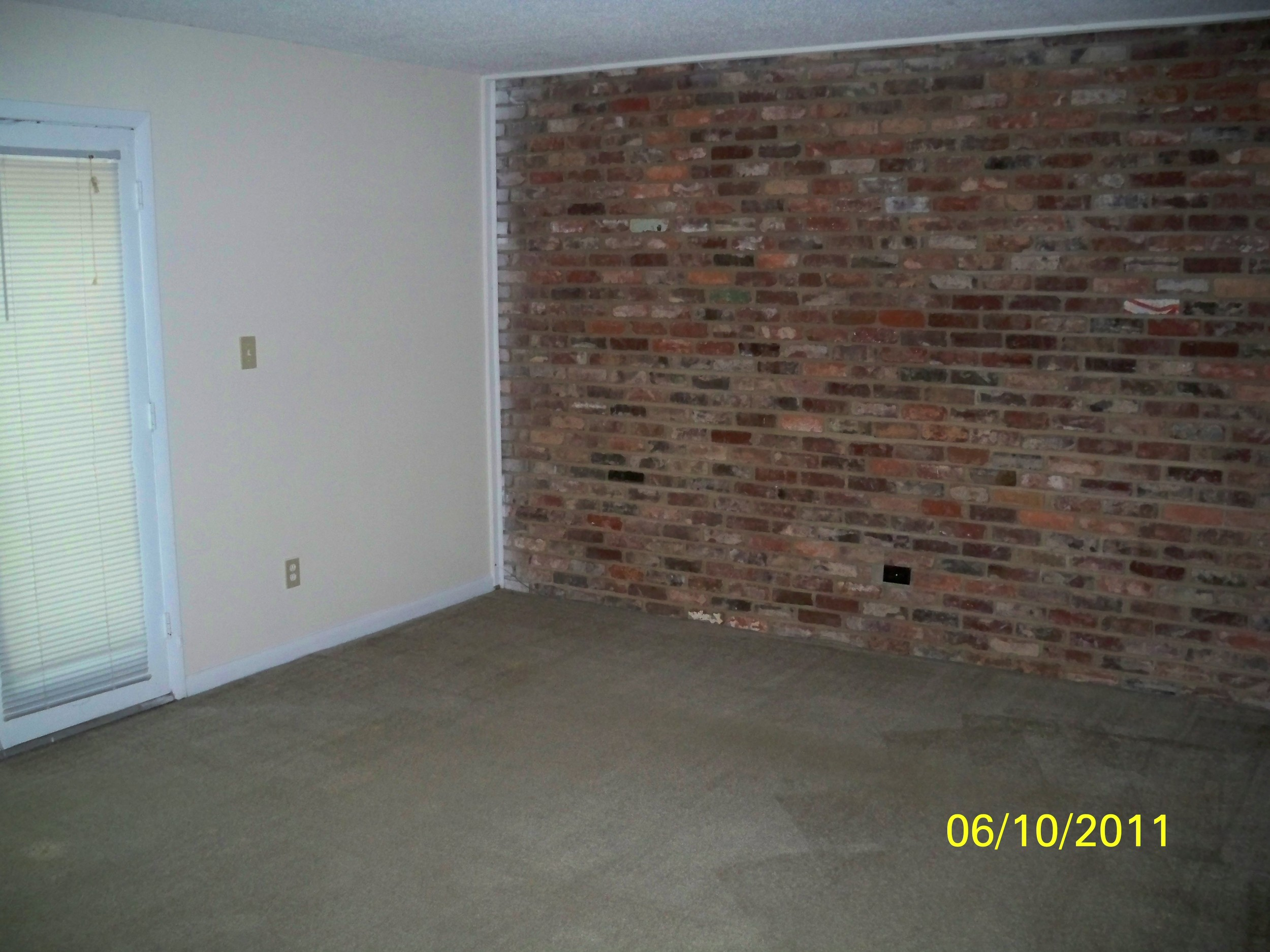 Oak Tree Drive, 1005 - Living Room II.jpg
