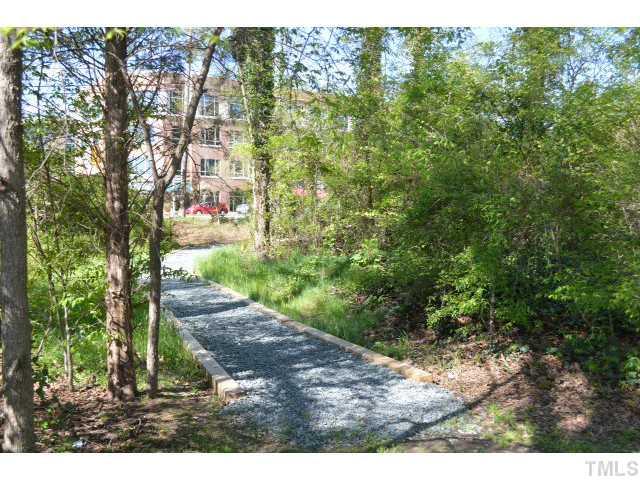 Oaks Walking Trail II.jpg