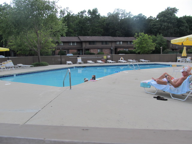 The Oaks Pool.jpg