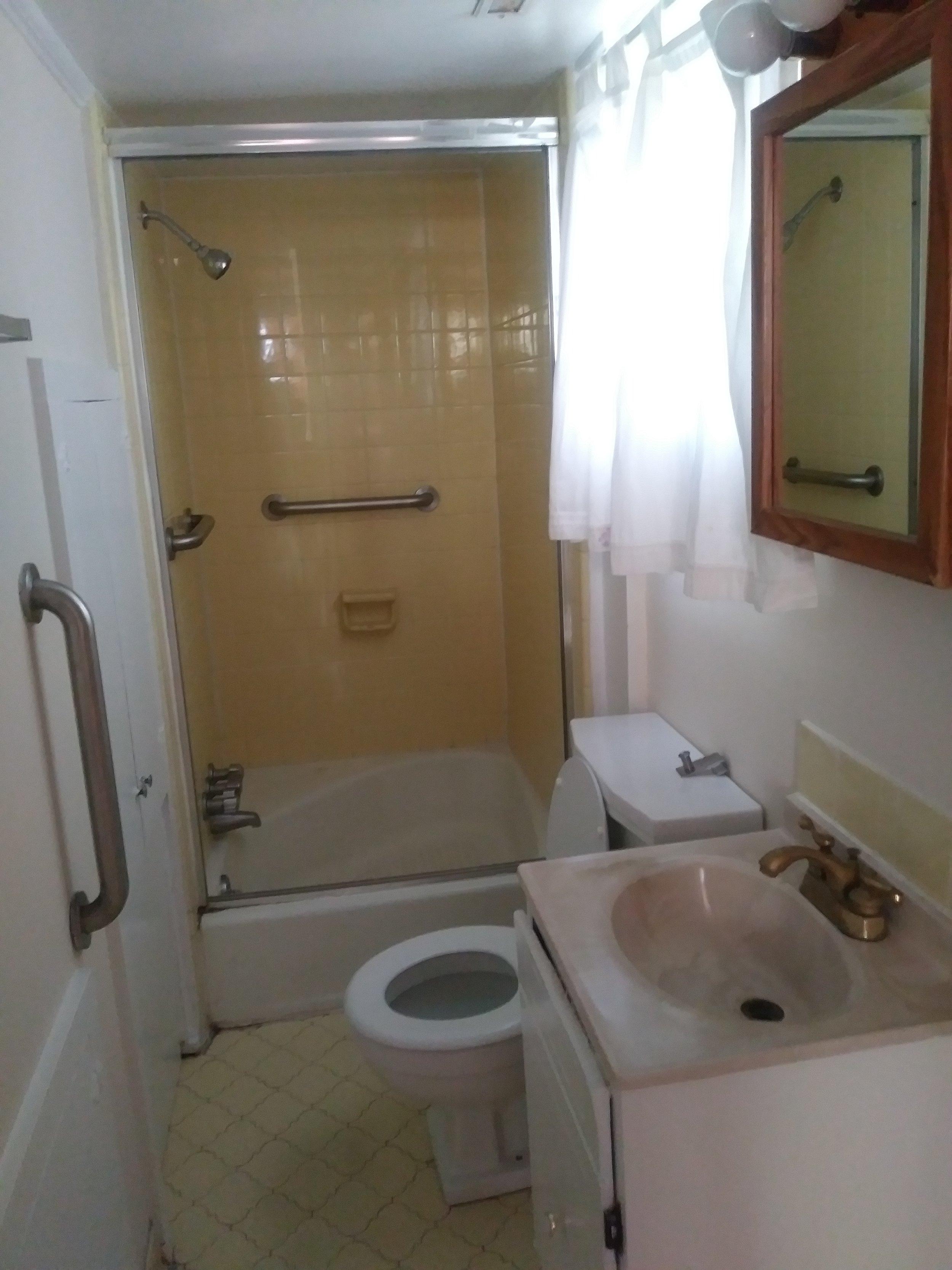 Cottage Lane, 204 - Bathroom II.jpg