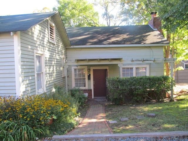 Cottage Lane, 204 - Front Exterior.png