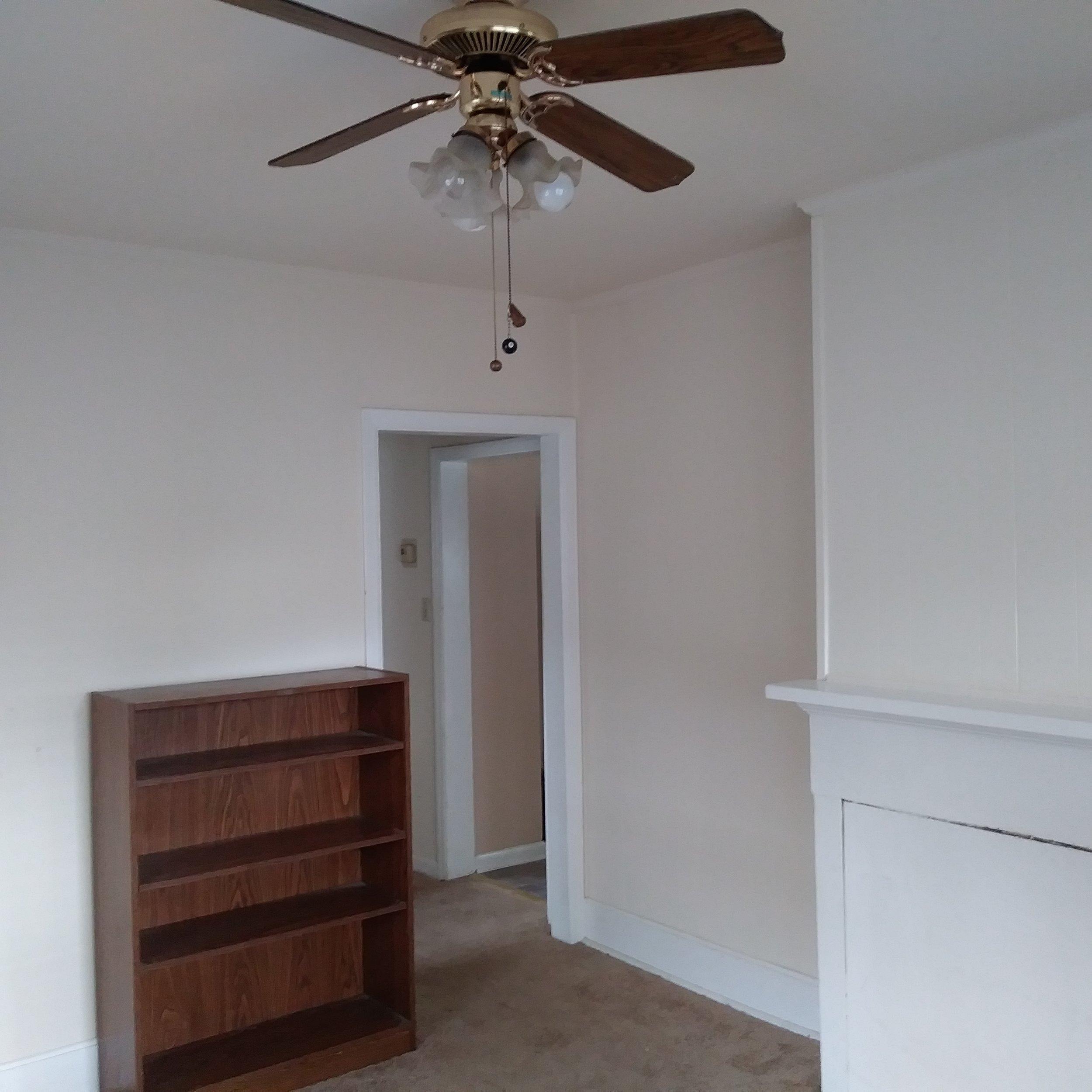 Graham Street, S., 119 - Living Room.jpg
