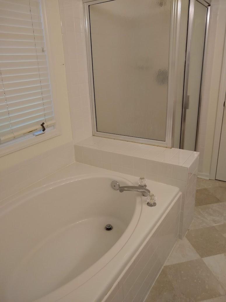 Corbin Hills Circle 103 - Master Bath.jpg