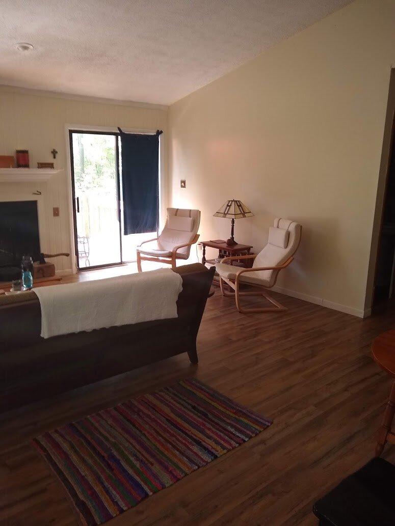 Butler Road 2720 - Living Room.jpg