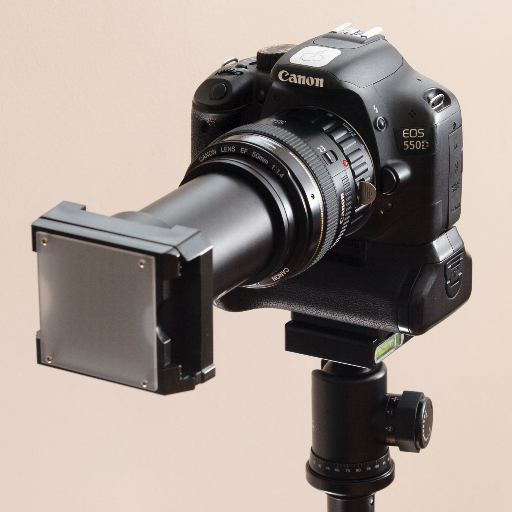 The slide duplicator, lens and macro tube attached to the camera.