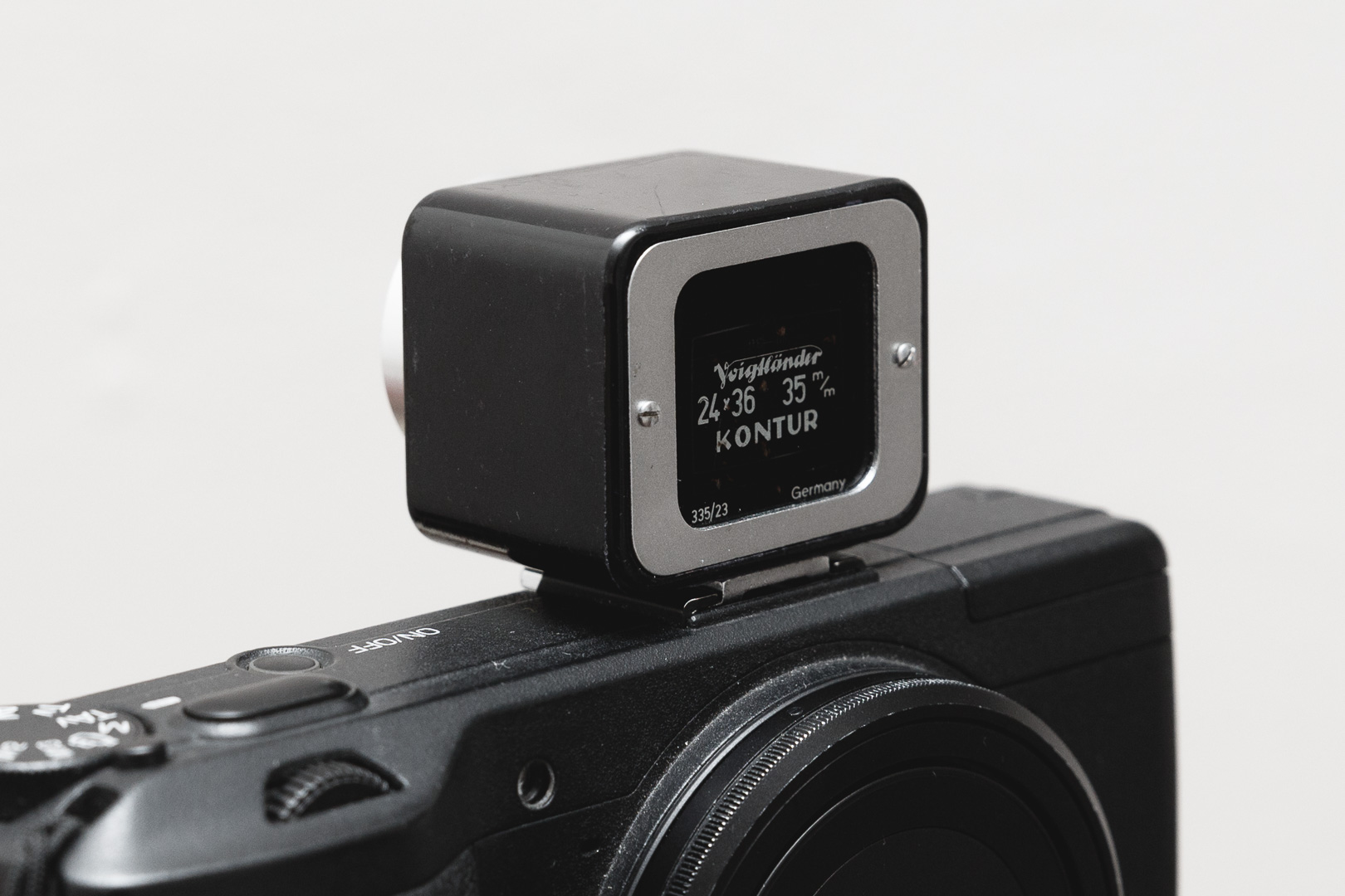 Voigtlander-50mm-Kontur-Finder-Ant Tran-20170402-2994.jpg