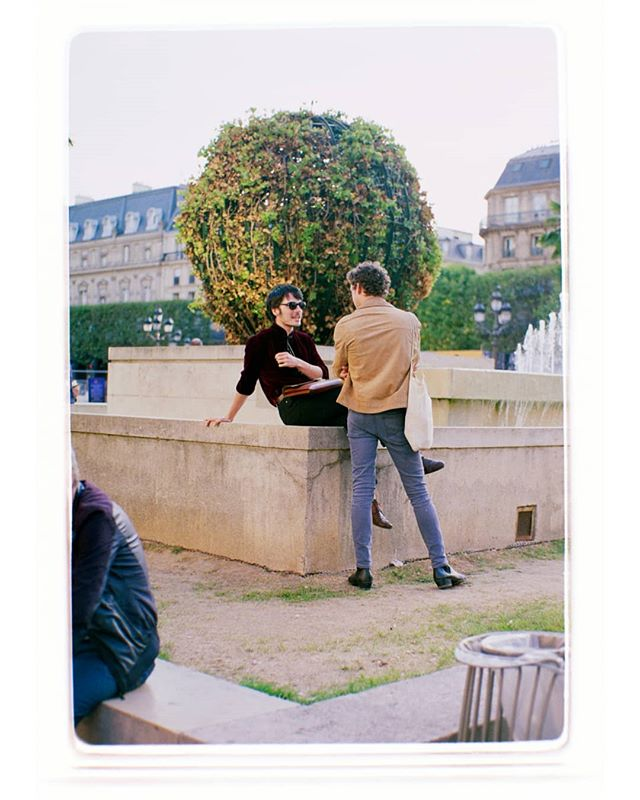 "A shot featured in my zine, ""Summer In Paris"", 2015.  #paris #streetphotography #zine #film  #35mm"