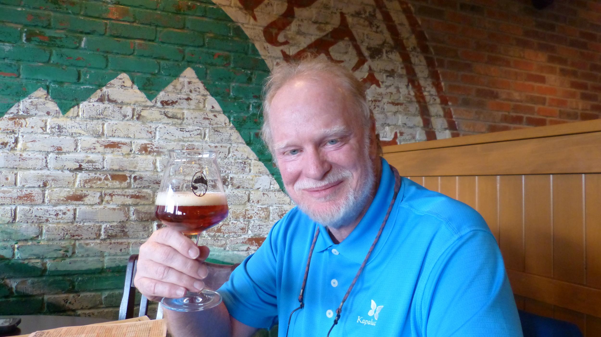 Golf & Beer Writer Tom Bedell at Deschultz Brewery in Bend, Oregon