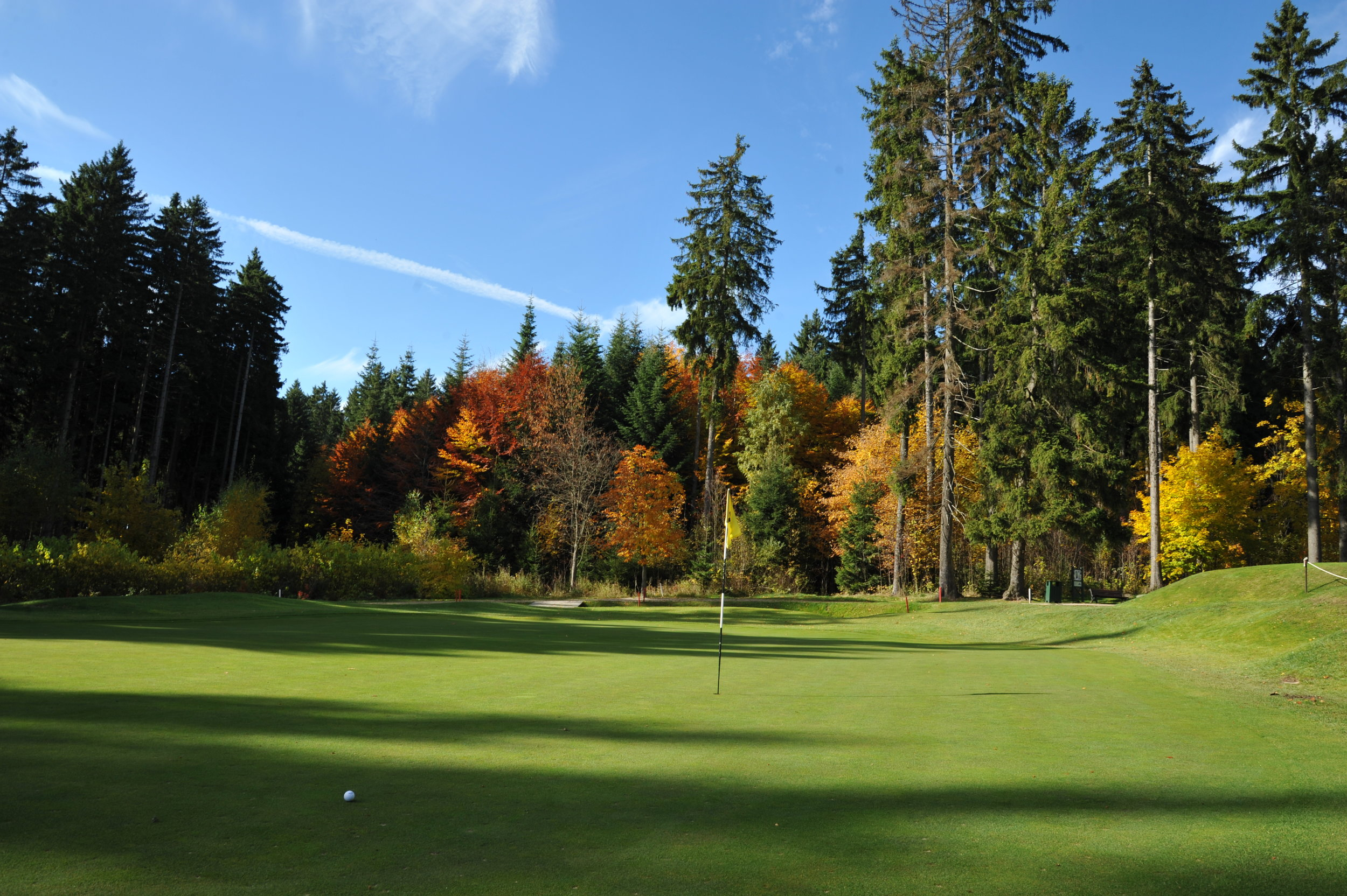 Marienbad or Marianske Lazne is one of the oldest courses in the country