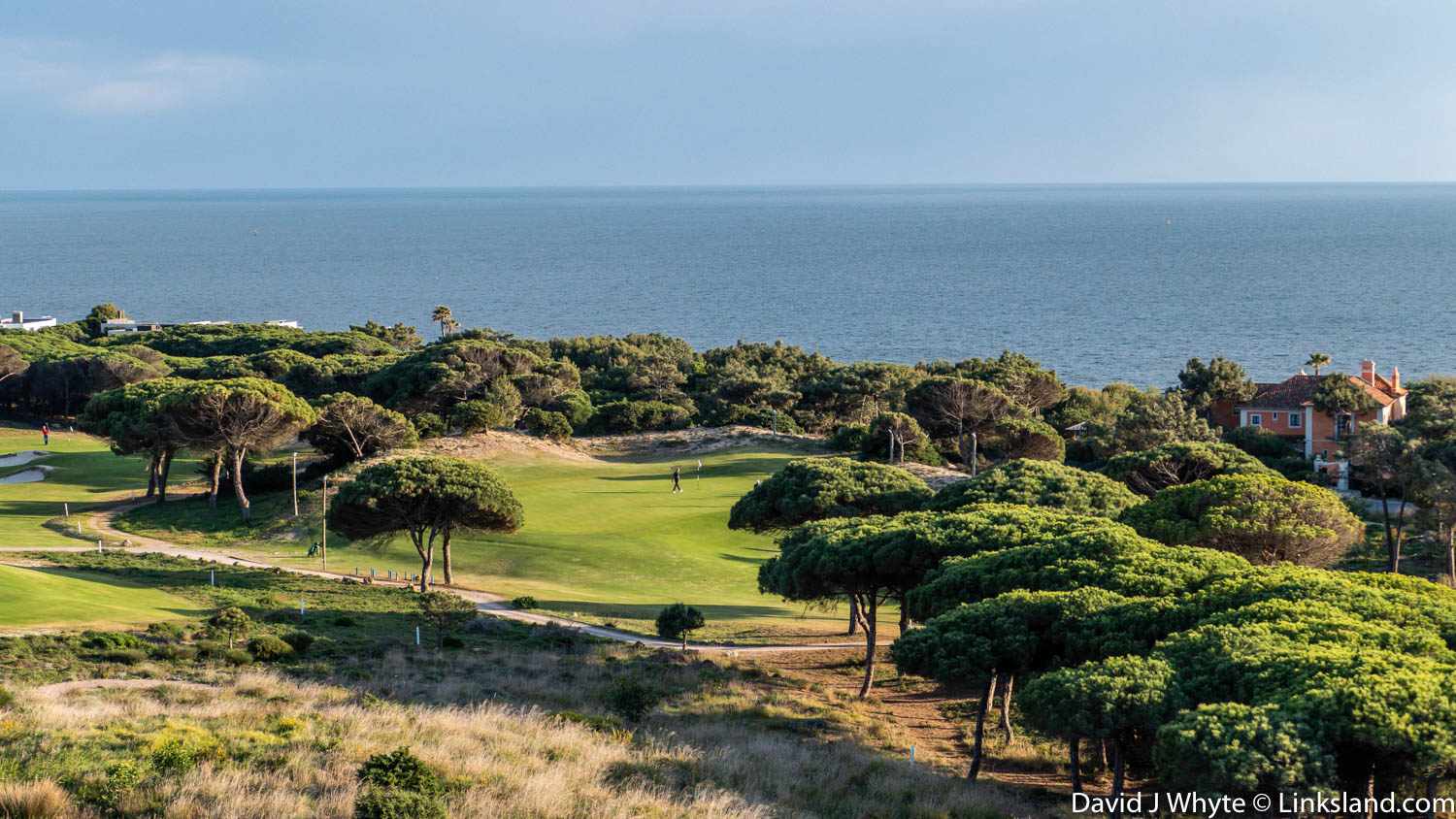 Oitavos Dunes, just one of the stunning links tracks easily accessible from the city of Lisbon