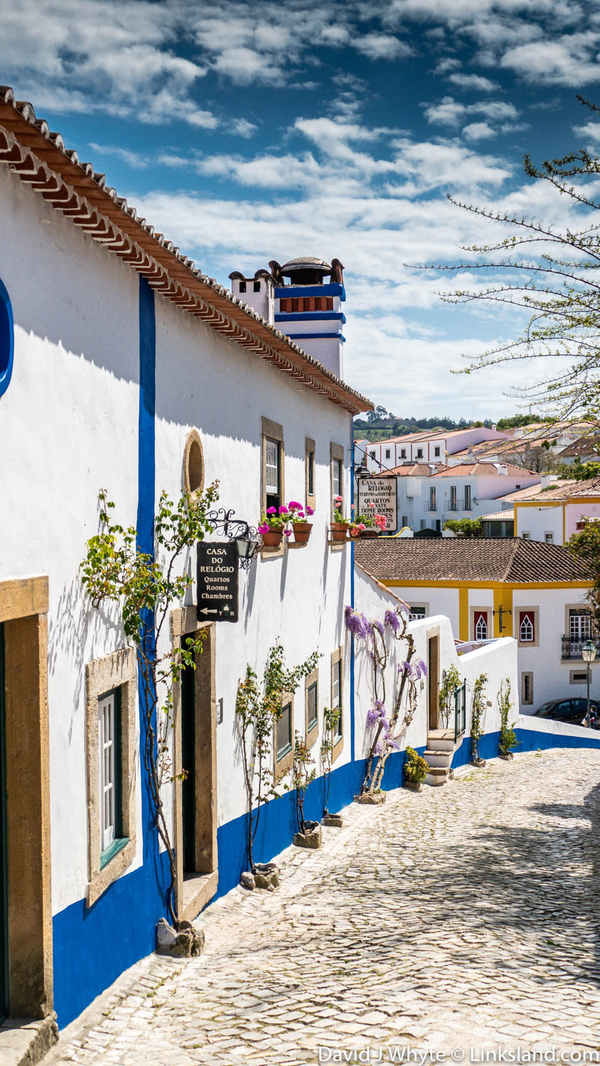 The narrow streets of the village of Óbidos