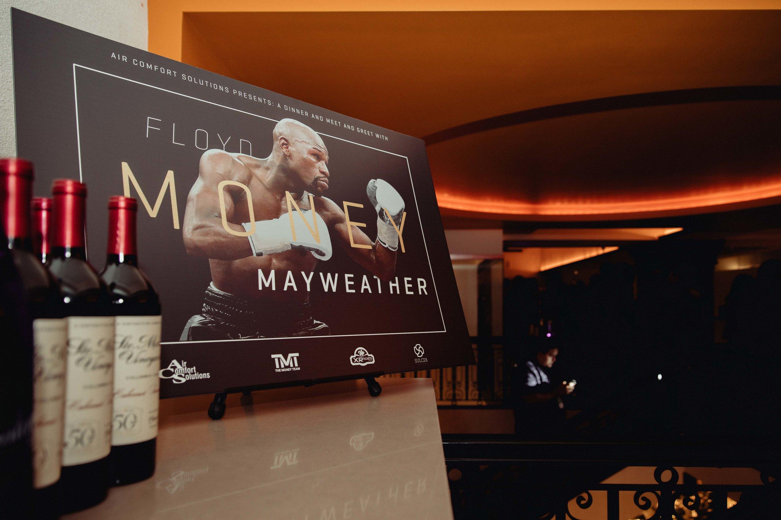 FloydMayweather-JonathanBurkhart-HighFiveMedia-LowResolutionFloydMayweather-JonathanBurkhart-HighFiveMedia-7Q6A2480.jpg