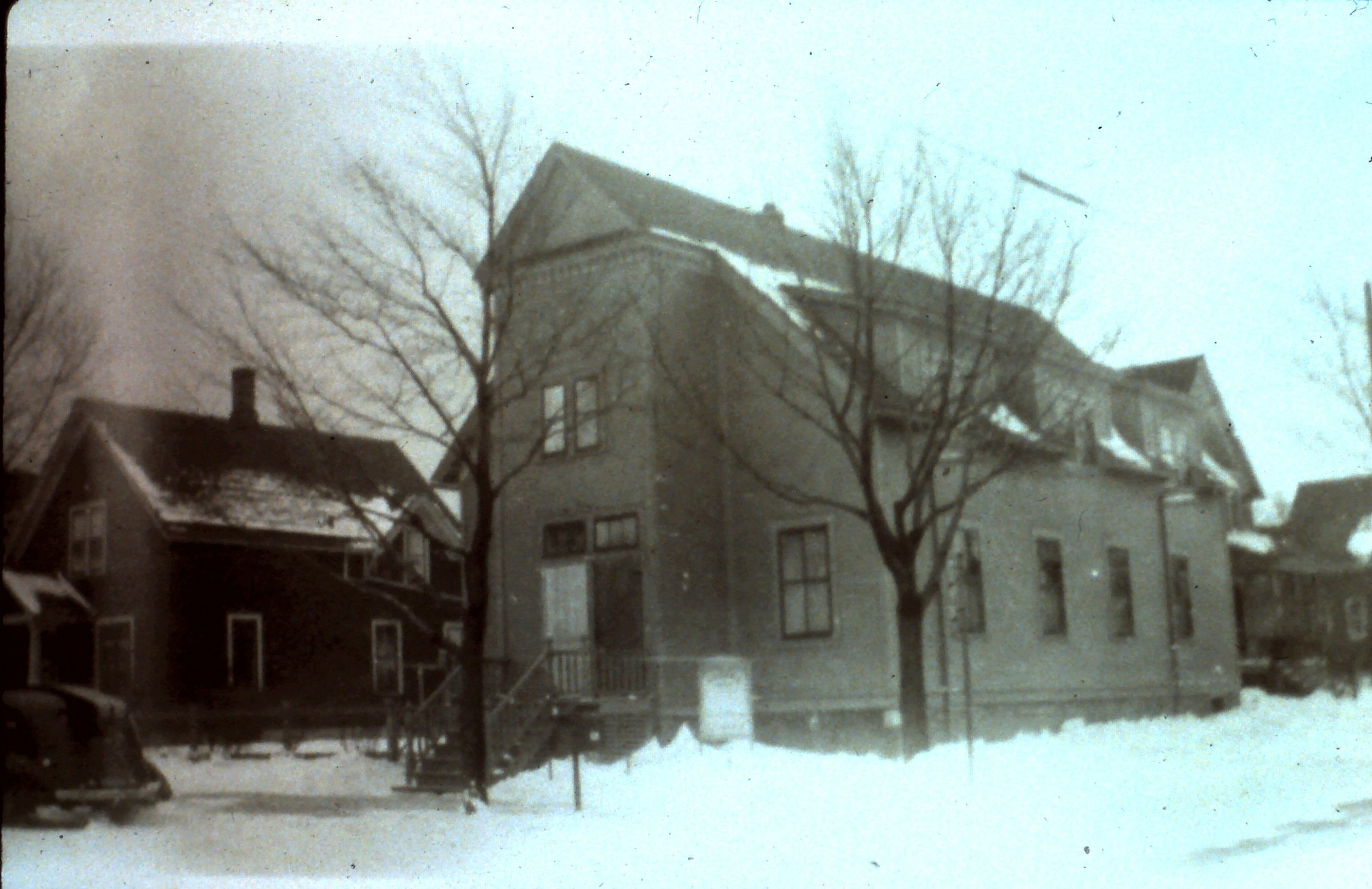 1940_s_outside_of_church.jpg